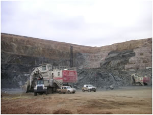 Open pit at Paltreef in South Africa