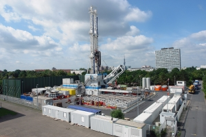 Drilling of the Genesys geothermal  well on the premises of the GEOZENTRUM in Hanover